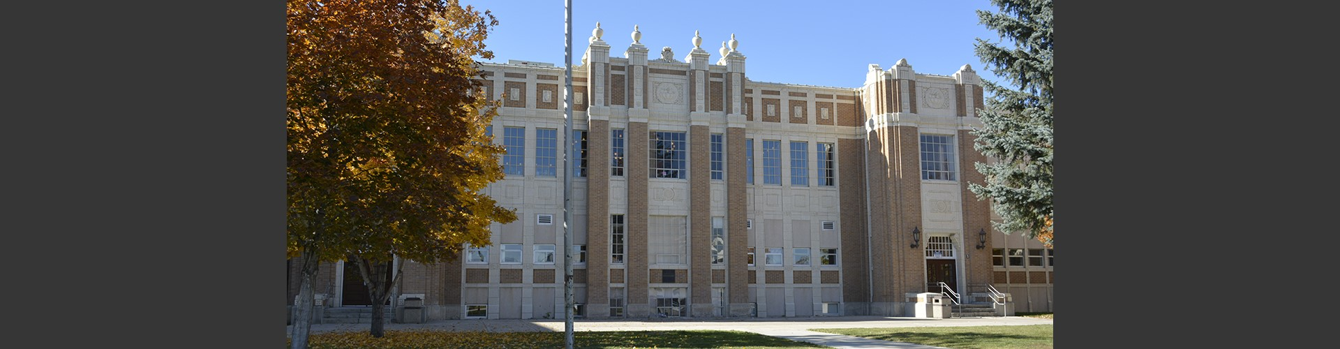 Front of Pocatello High School